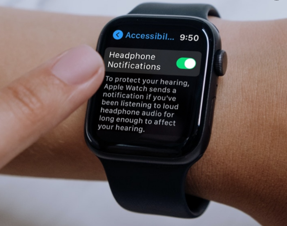 How to Enable Headphone Notifications on Apple Watch